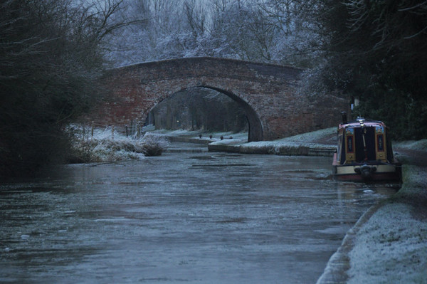 Winter on the canal at Braunston