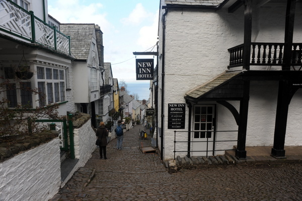 You don't want to be staggering down this Clovelly street after a skinfull