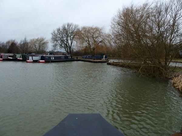 Dump barge front view