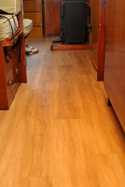 Fitted Colonia flooring