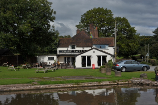 The Wharf Tavern at the end of Woodseave Cutting
