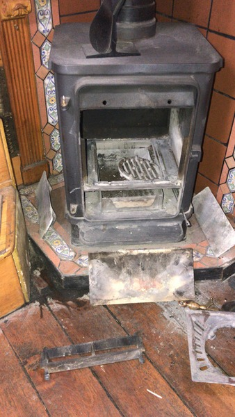 Orient's dismantled stove before the blockage clearance