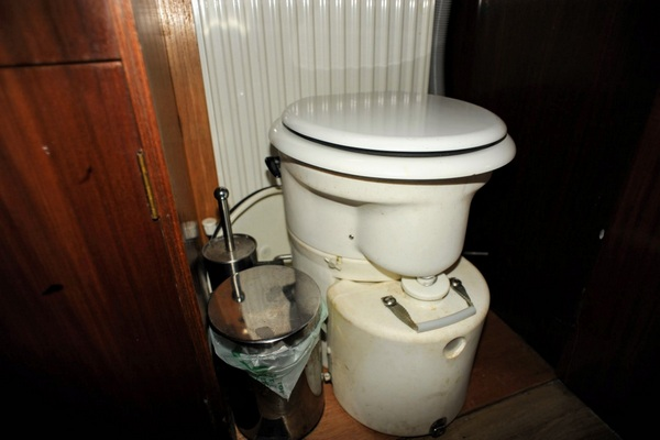 The Airhead Compact Composting toilet