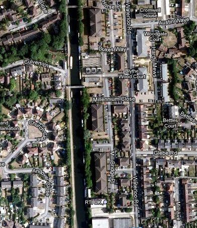 Grand Union Uxbridge Aerial View