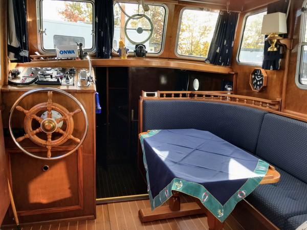 Dik Trom's cosy cockpit