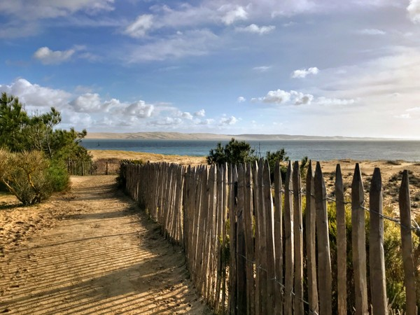 A beachside path at Lège-Cap-Ferret. The fence actually prevented us from reaching the beach