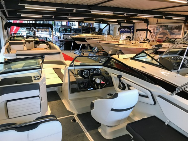 Kempers Watersport Showroom - I endured a monotonous week polishing this lot when I would rather be polishing the one below...