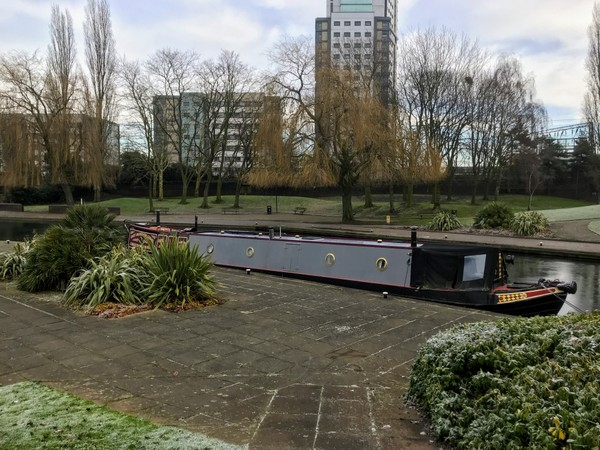Pleasant mooring in central Wolverhampton
