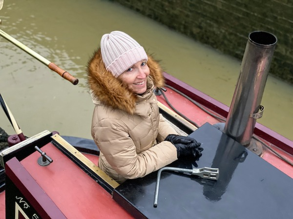 Discovery Day guest Sue Quirke negotiates a Grand Union lock