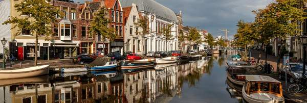 A Leiden city centre canal