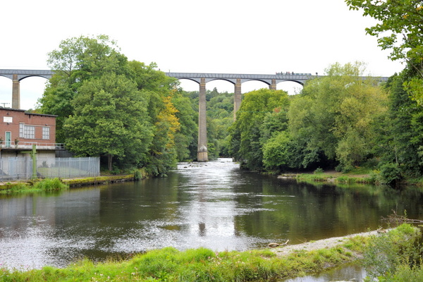 A view of the aqueduct from the river Dee
