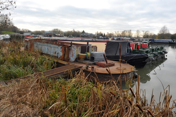 My winter dump barge mooring