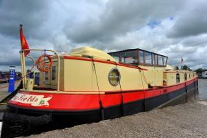 Strange narrowboat at Swanley Bridge marina