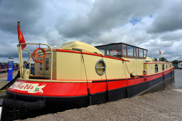Strange narrowboat at Swanley Bridge marina