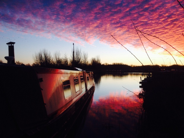 Sinrise at Calcutt in January